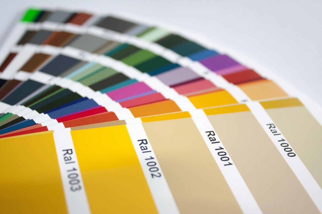 come scegliere il colore degli infissi